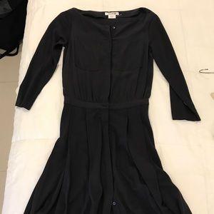 Brand New Lacoste Navy pleated silk dress sz 32